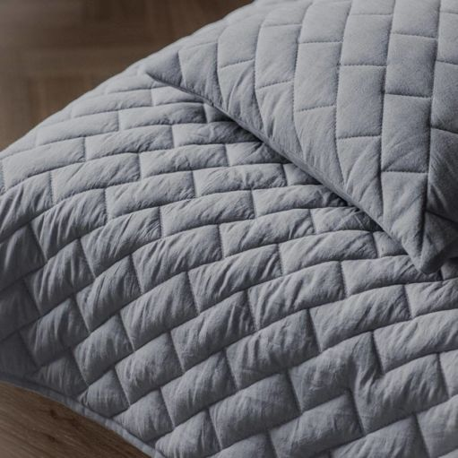 Bricks Quilted Throw