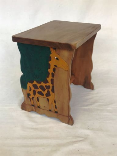 Childs Giraffe Desk